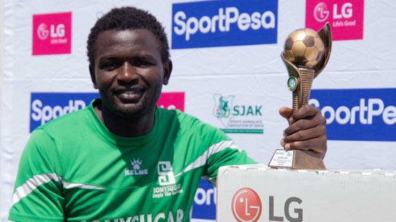 Agwanda makes history with SJAK back to back award