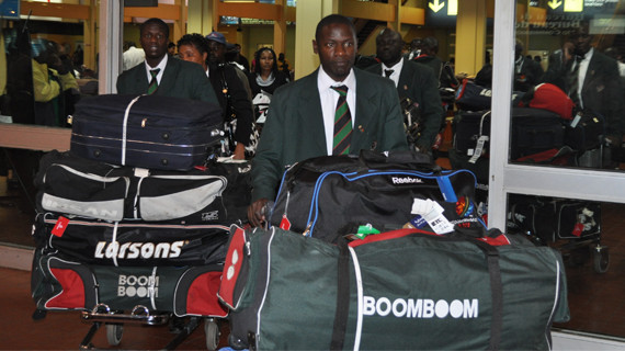 Cricket team jets back from dissapointing world cup outing