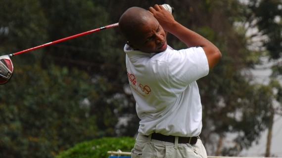 Karichu leads  amateur golfers to Karen