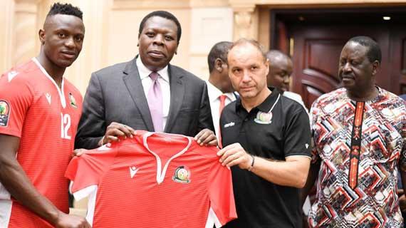Rt. Hon. Raila, CS Wamalwa visit Stars in Cairo