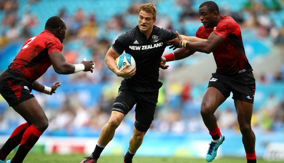 Commonwealth Games: NZ women sevens open with easy victory