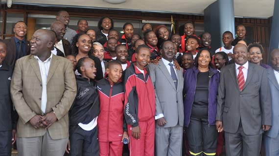 Heavy financial boost for the U-20 Starlets from Prime minister