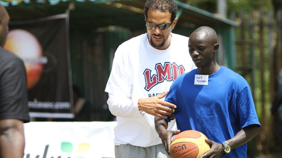 American Basketball  Coach winds up two day Coaching Clinic