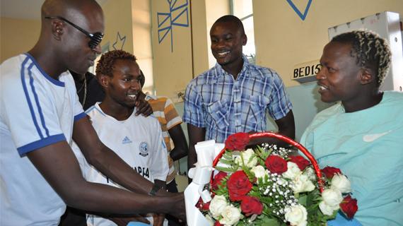 Sofapaka players visit Obungu in hospital