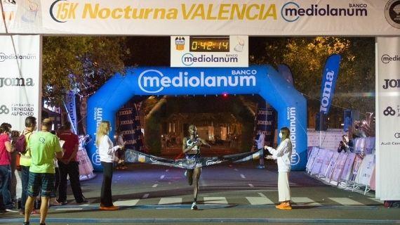 Maru and Chepkemoi claim a Kenyan double in Valencia